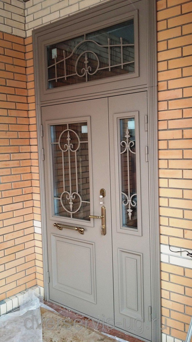 двухстворчатая входная дверь изготовление