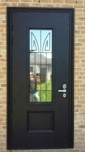 парадная входная дверь
