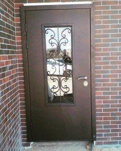 Дверь со стеклом и ковкой Ажур премиум
