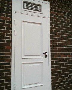 Дверь Классик с фрамугой