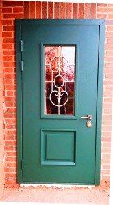 Дверь металлическая со стеклом и ковкой Смок