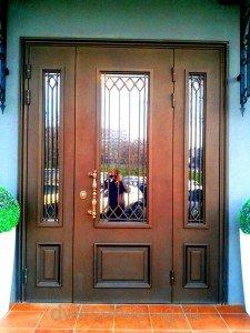 """Дверь в ресторан """"Фрау Мюллер"""""""