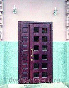 Входная дверь стекло, ковка, дуб
