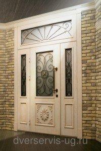 Входная дверь двухстворчатая стекло, ковка, дуб