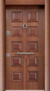 Шпонированая стальная дверь 010