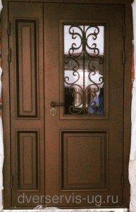 Не стандартная входная дверь с ковкой