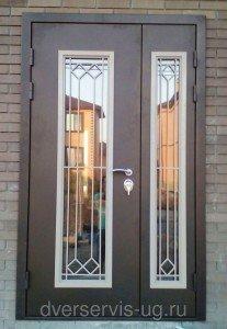 Входная дверь с остеклением на заказ