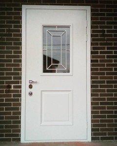 Дверь со стеклом Стиль
